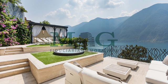 Touch the sky and the lake with a finger !! Breathtaking VILLA!