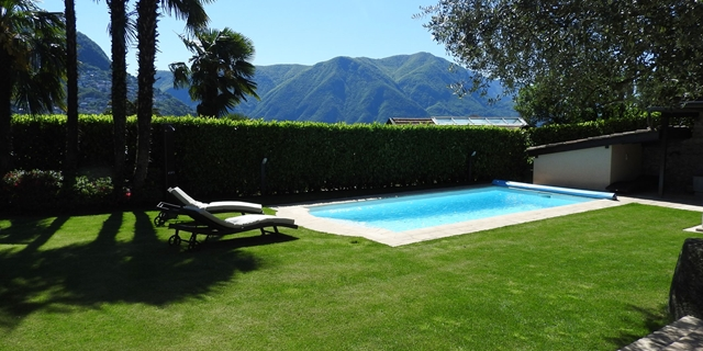 Beautiful VILLA with garden, pool and lake view, just few steps from Lugano